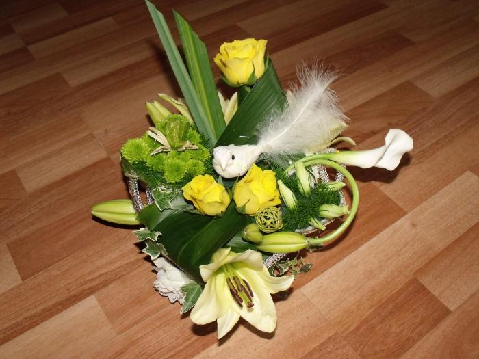 La Composition Florale : Art floral photos des compositions florales jaune et